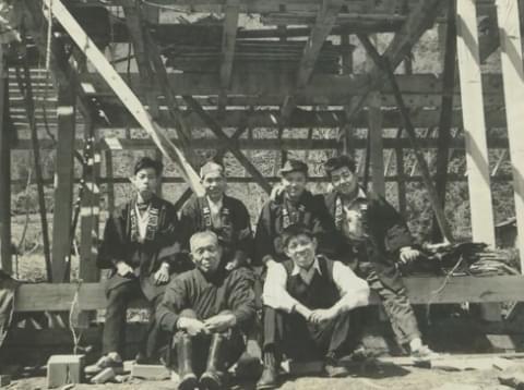 1964年坂根工務店社員の集合写真