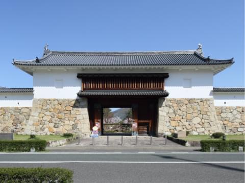 田辺城・城門外観